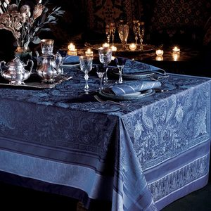 "PERSINA CREPUSCULE TABLECLOTH | 69""x69"""