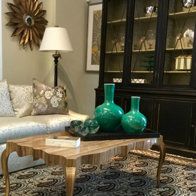 A Room S Accessories Provide Personal Touch That Showcase Homeowner Personality And Interests Well Accessorized Both Displays Design